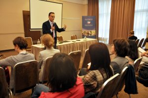"""Andrew Nagorski was a guest at the """"Ambassadors of Transition in the Regions"""" meeting"""
