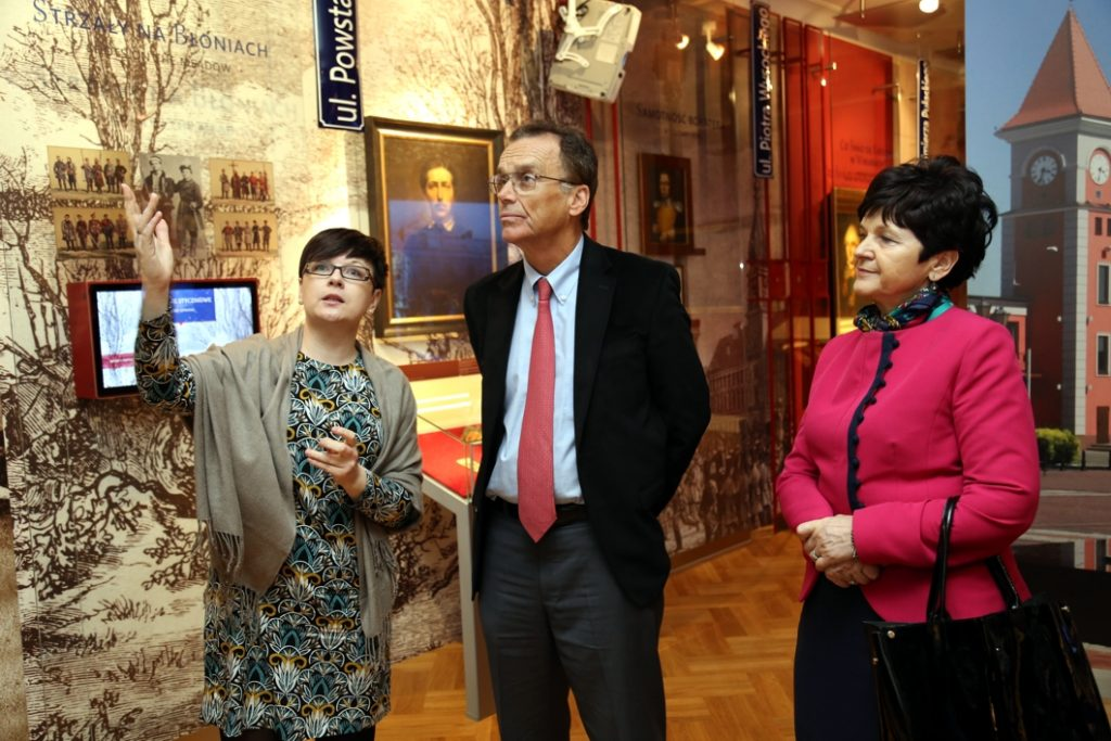 Andrew Nagorski visited the Act Locally Center in Warka