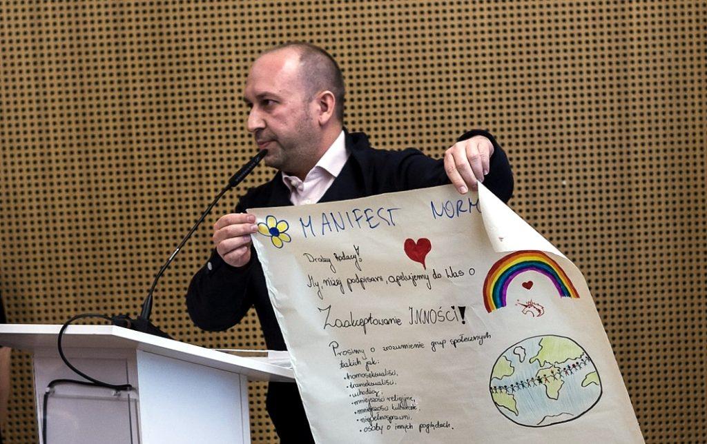 PAFF Leader won the Irena Sendler Award for Repairing the World