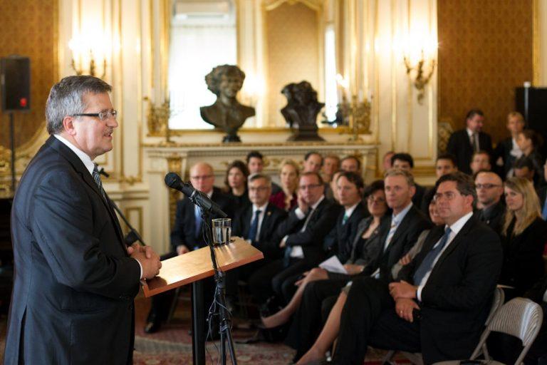 President Komorowski met with Polish-American Internship Initiative Participants