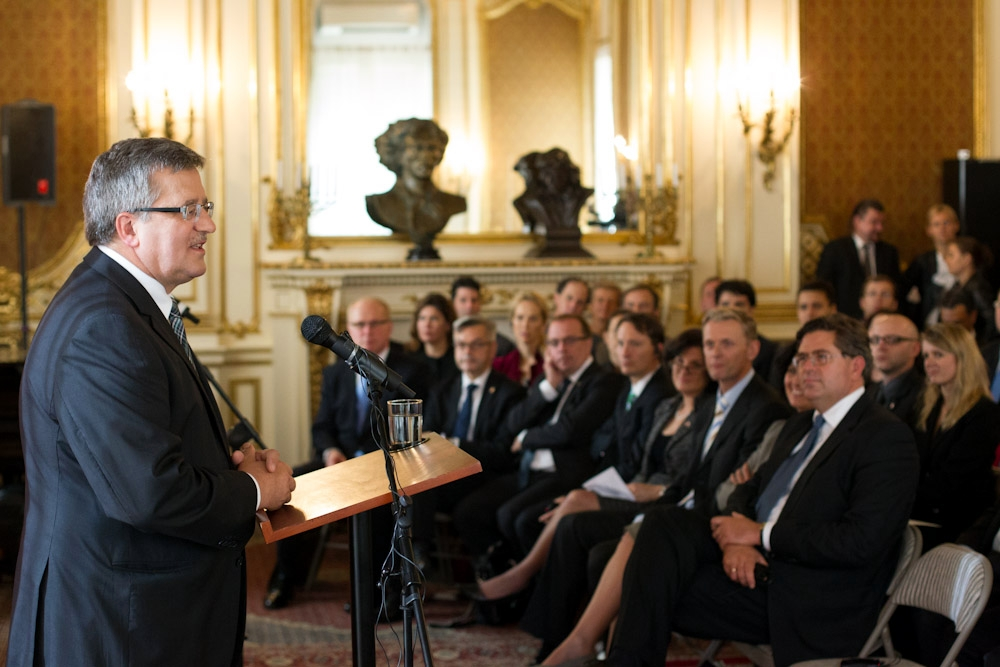 President Komorowski met with Polish-American Internship Initiative Participants