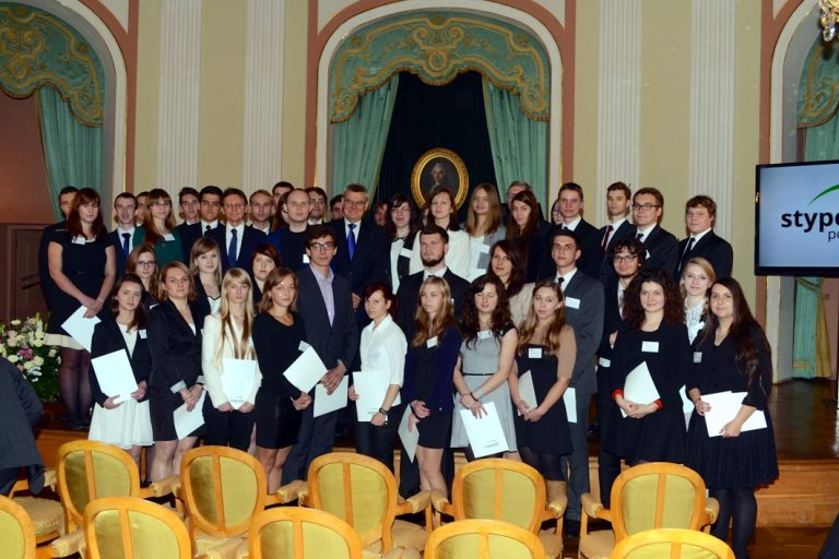 Bridge Scholarships presented at the Royal Castle
