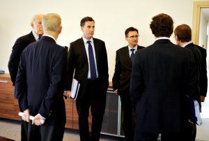Prof. Zbigniew Brzeziński, John P. Birkelund, Ambasador Lee Feinstein, Grzegorz Jędrys, Geoffrey Hoguet, Jerzy Koźmiński