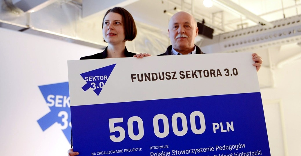 PLN 100,000 for ICT projects